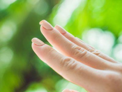 unghie deboli aloe vera